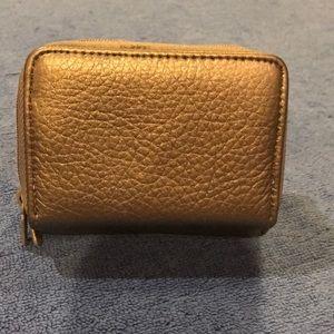 NWOT Buxton RFID Wallet